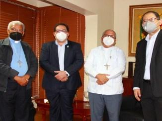 Mons. Francisco Ozoria Acosta, Dr. Mario Lama, Mons. Ramón Benito Ángeles y Dr. Luis Vergés