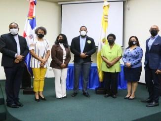 Ricardo de la Rosa, Santa de la Cruz, Carmen Mercedes Rodríguez, Danny Rincón, Celsa Batista, Kirsis De los Santos, Salvador Batista.