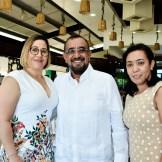 Mercedes Estévez, Eddy Peralta y María Esther Vargas.