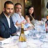 Eduardo Garcia explicando vinos Bodega Comenge_640x426.jpg