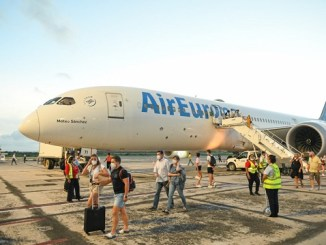 Llegada vuelo de Air Europa a Samaná
