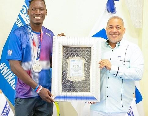 El Plan Internacional República Dominicana, organización humanitaria por la niñez, realizó un emotivo encuentro para entretener y reconocer al campeón olímpico Lidio Andrés Feliz