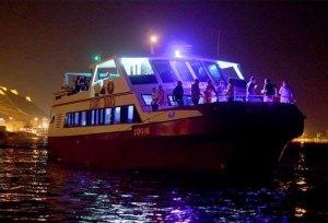 Salidas en barco de noche + cenas