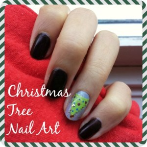 Nail Art How-to: Christmas Tree