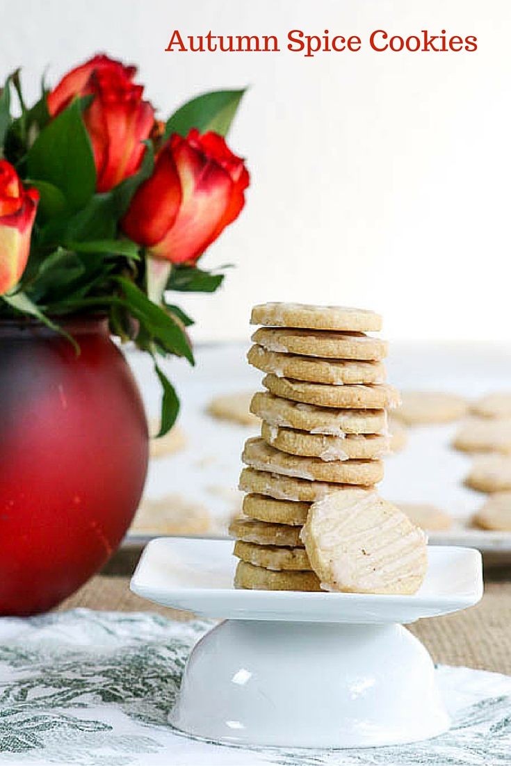 Autumn Spice Cookies bring in the warmth of the fall season with a recipe sure to please. Cinnamon, clove and nutmeg will ignite your taste buds! Yummy!  #SundaySupper