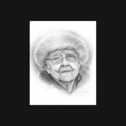 portrait de femme âgée au graphite