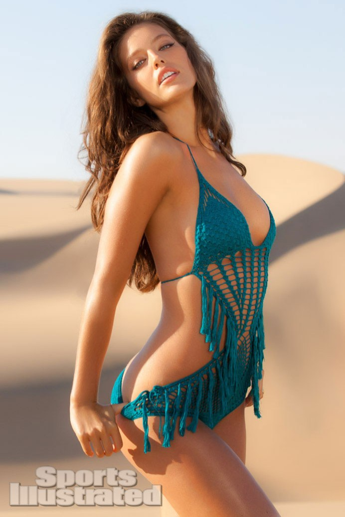 Emily-Didonato-Sports-Illustrated-Swimsuit-2013