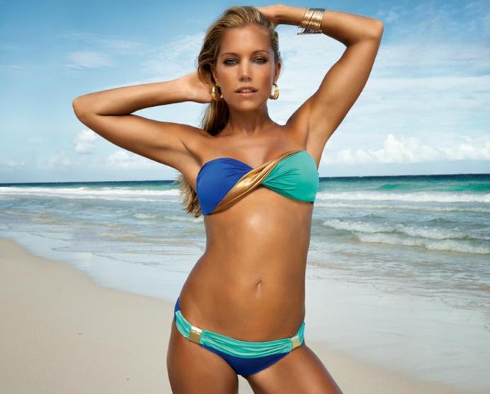 Sylvie-van-der-Vaart-Bikini-2013-05