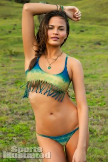 Chrissy Teigen Swimwear 03