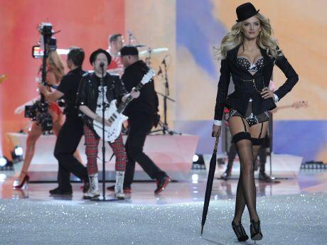 Victorias Secret Fashionshow New York 2013/2014 02