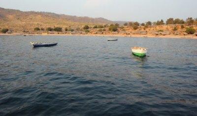Bateaux à Namansi.