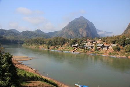 Jours 117 & 118 : Au fil de la Nam Ou… à Nong Kiaw et Muang Ngoi !