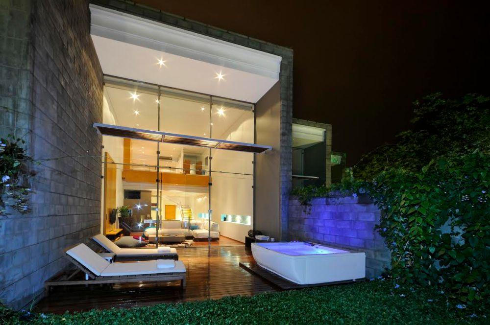 AcquaSanta Loft Hotel