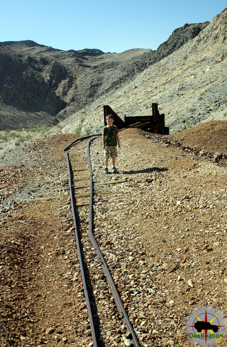 Exploring the Ubehebe Mine tails pile, Death Valley, CA