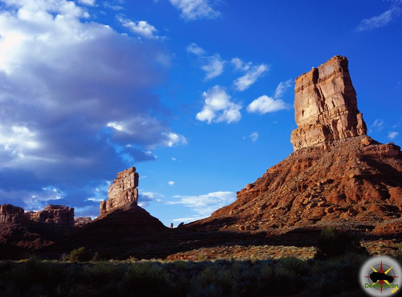 Valley of the Gods, Utah is one  of many amazing Utah 4x4 trails.