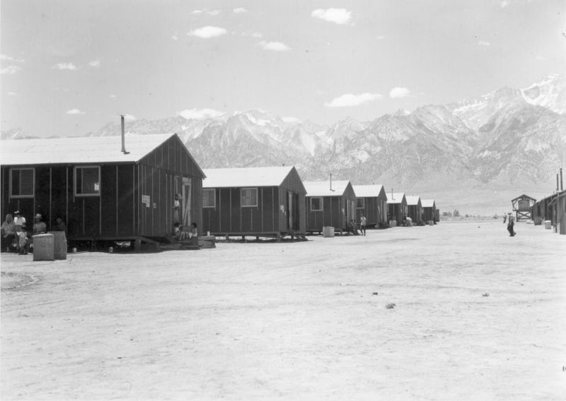 Photographer: Lange, Dorothea -- Manzanar, California. 7/2/42 Identifier: Volume 22 Identifier: Section C Identifier: WRA no. C-837 Collection: War Relocation Authority Photographs of Japanese-American Evacuation and Resettlement Series 8: Manzanar Relocation Center (Manzanar, CA) Contributing Institution: The Bancroft Library. University of California, Berkeley.