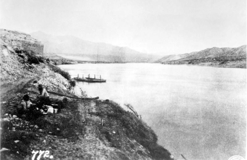 The original ferry boat at Bonelli's Landing - 1890