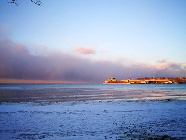 A very frosty Lake Ontario, Niagara On The Lake - Niagara Falls Road Trip