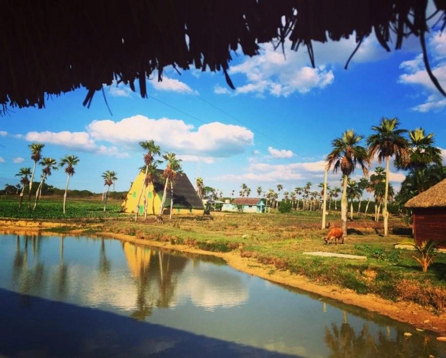 Destination Addict - Beautiful roadside stop off on the bus from Havana to Viñales, Cuba