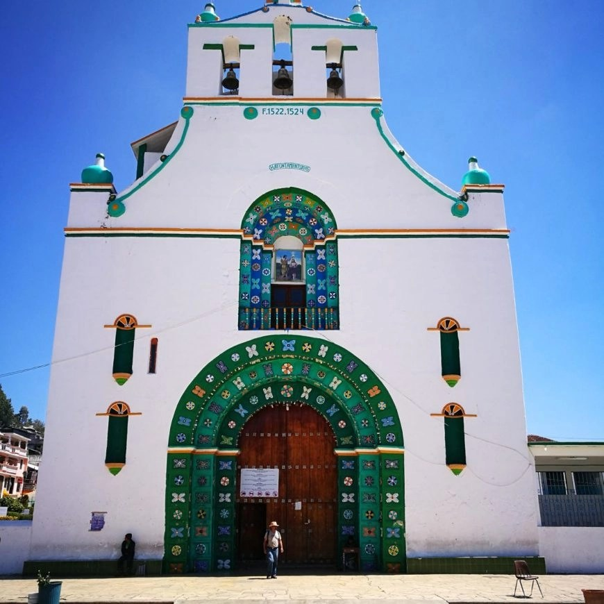 Destination Addict - The Templo San Juan, in the town of San Juan Chamula, Mexico with our guide