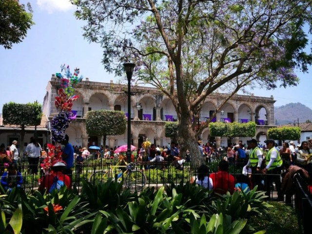 Backpacking in Guatemala - View from inside the Main Square in Antigua