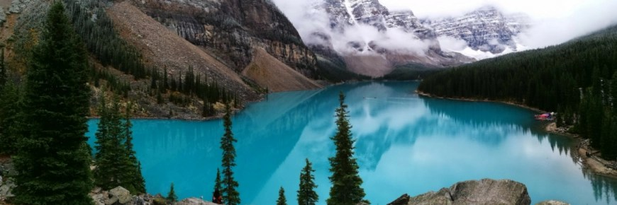 Destination Addict - Moraine Lake, Ablerta, Canada