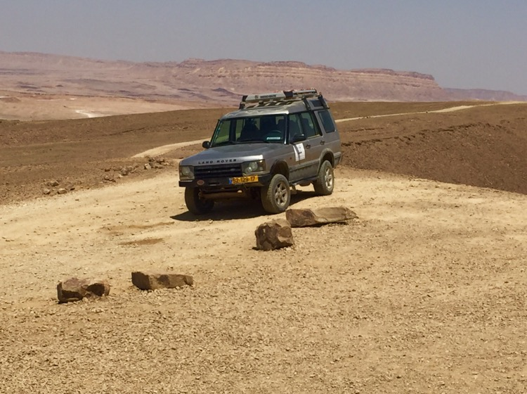"Off-road Jeeping with ""Deep Desert Israel"""
