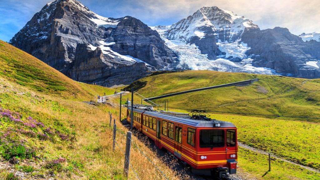 virtual-train-rides