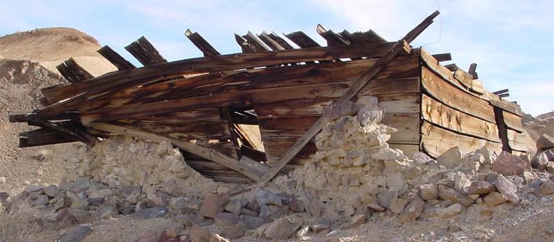 Un oraş antic subteran în Valea Morţii