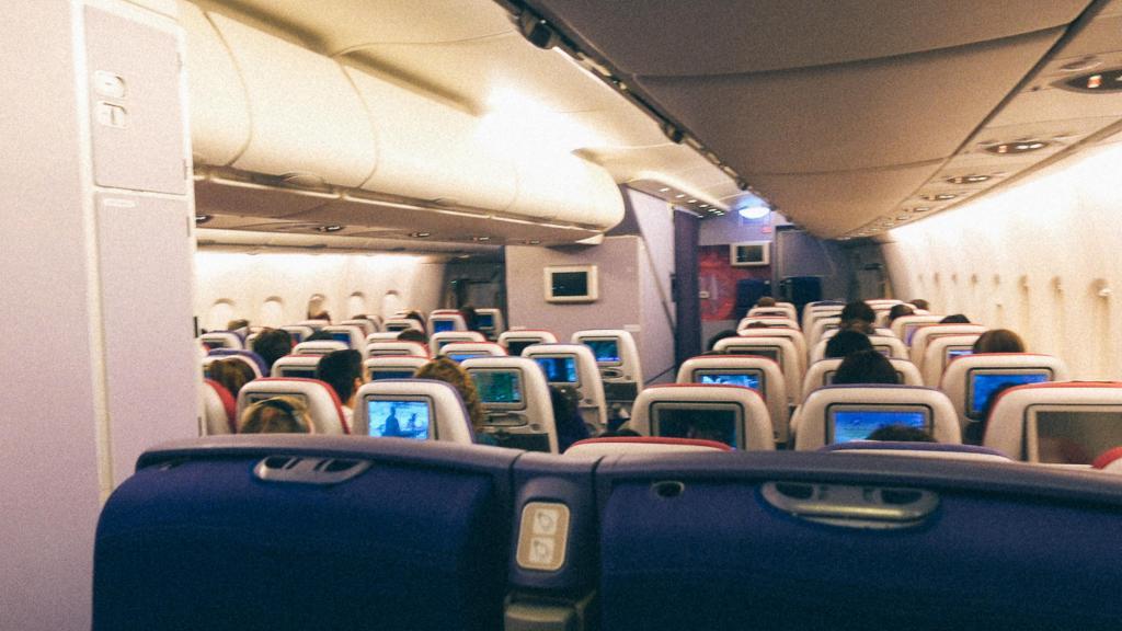 3 fatores que impedem a importação da China Dentro do avião da AIr China
