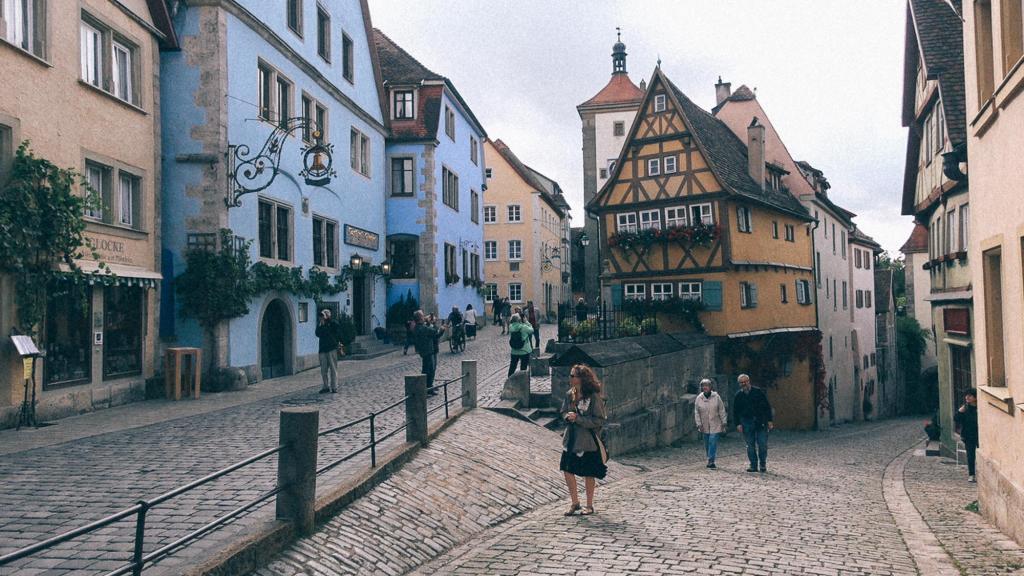 Retirada no porto os produtos importados Imagem de prédios e residências alemãs