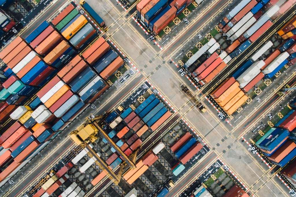 Duas coisas que você precisa saber Containers organizados em seções