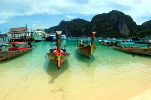 Phuket. Autor: WPPilot sob licença Creative Commons Attribution 3.0 Unported