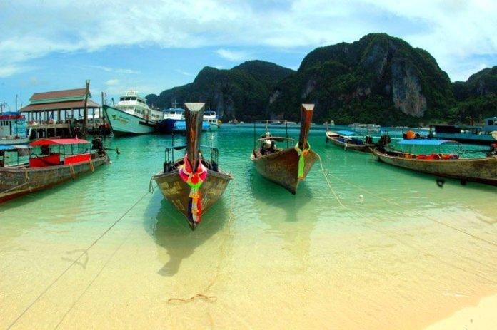 Phuket. Autor: WPPilot sob licença Creative Commons Attribution 3.0 Unported