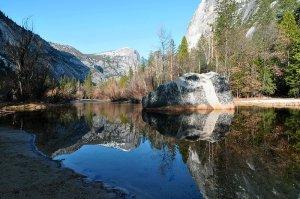 Parque Nacional Yosemite. Autor: chensiyuan, sob licença Creative Commons Attribution-Share Alike 2.5 Generic