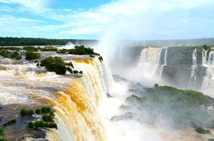 Viagens no Brasil e Bolívia