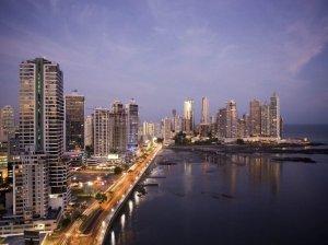 Vista da Cidade do Panamá e Praias do Pacifico