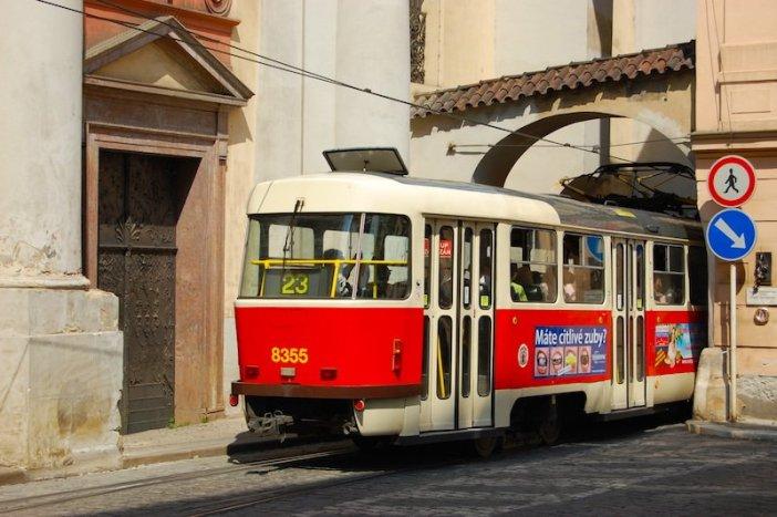 Transportes públicos em Praga