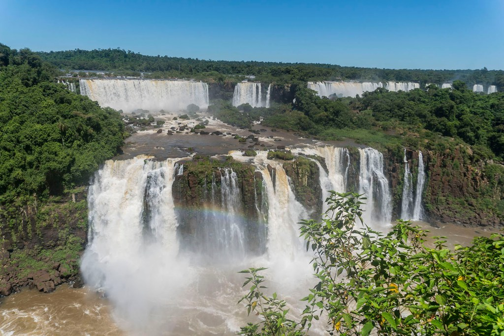 Foz do Iguaçu: dica para fugir da praia no verão brasileiro