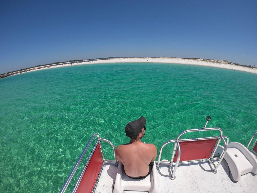 Águas cristalinas da Shell Island (Foto: Andy Spinelli)