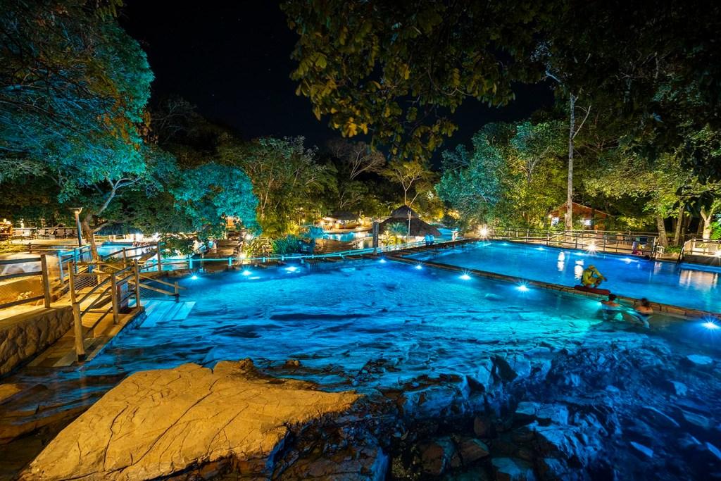 Rio Quente Resorts - Parque das Fontes a noite