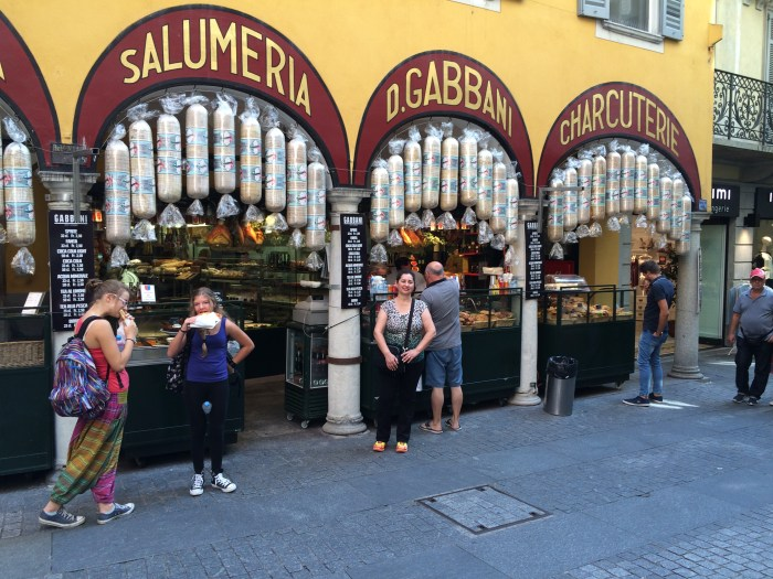 e a tradicional Salumeria Gabbani
