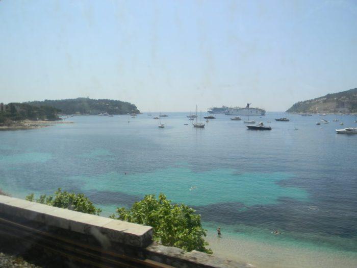 O Mar Mediterrâneo ao longo do caminho