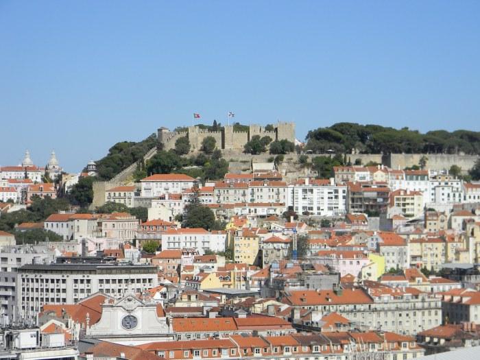 Castelo de São Jorge visto do Miradouro de São Pedro de Alcântara