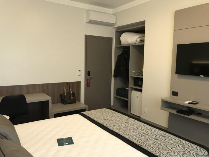 Hotel Slaviero Essential Blumenau