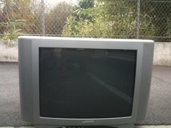 lot de 800 televisions cathodique 55cm