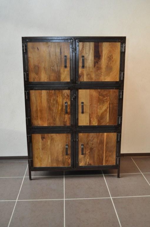 armoire bois massif et metal