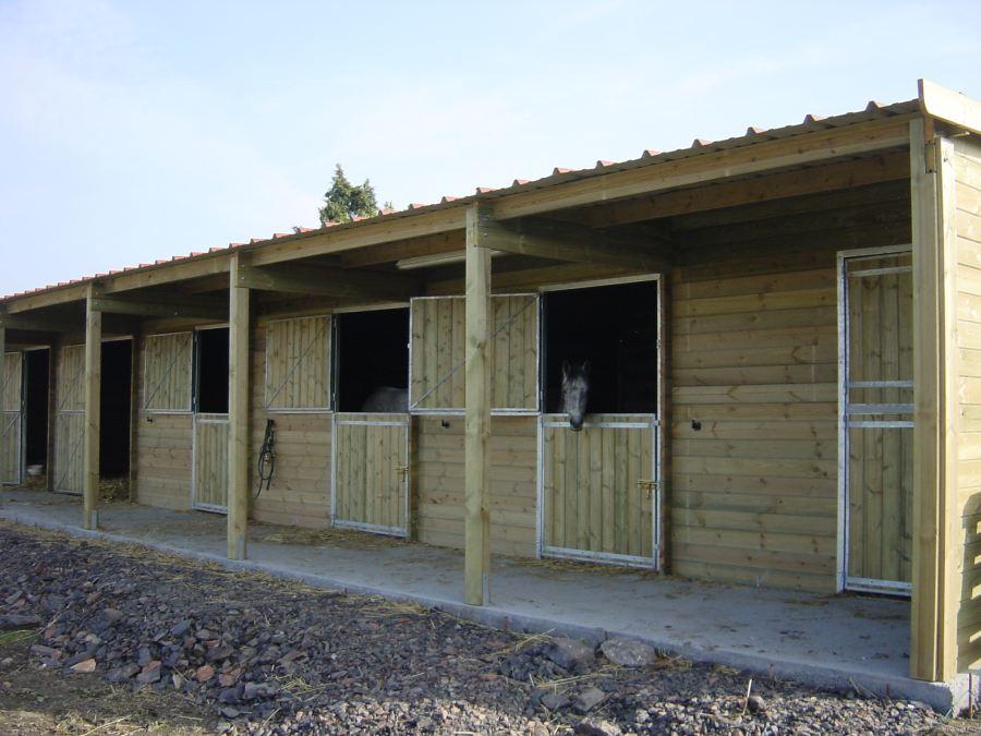 pour chevaux vente abri bois cheval