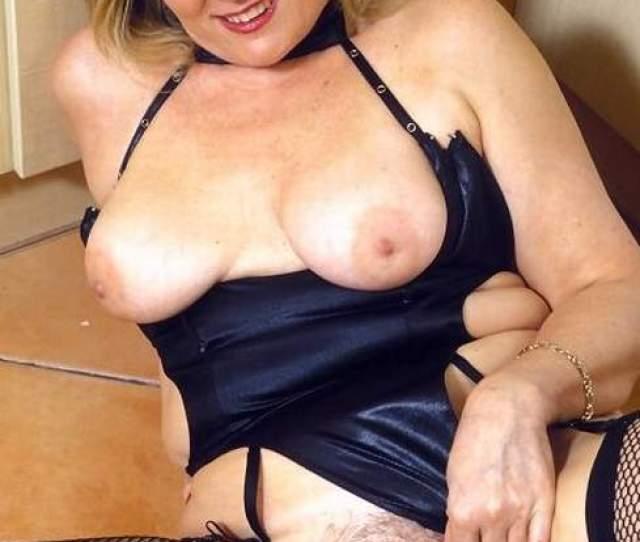 Free Nude Mature Women Pictures Beautiful Older Women