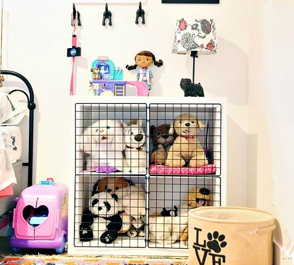 Stuffed Animal Storage For Dog Lovers: DIY Play Kennel